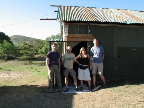 Vårt boende på Savuk Mara Camp. Vi delade rum med Håkan och Jocke.