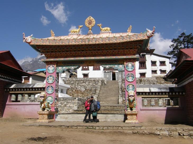 Dag 11 Framför Tengboche kloster