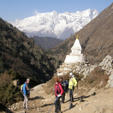 En kort paus vid en Stupa.