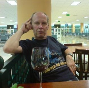 Inväntar planet till Rio på Cusco flygplats.