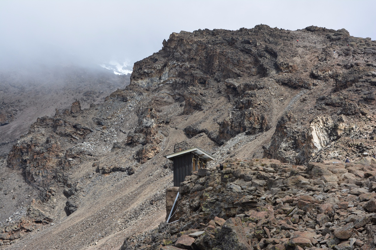 Kili Dag 5 Toaletter på Barafu Hut