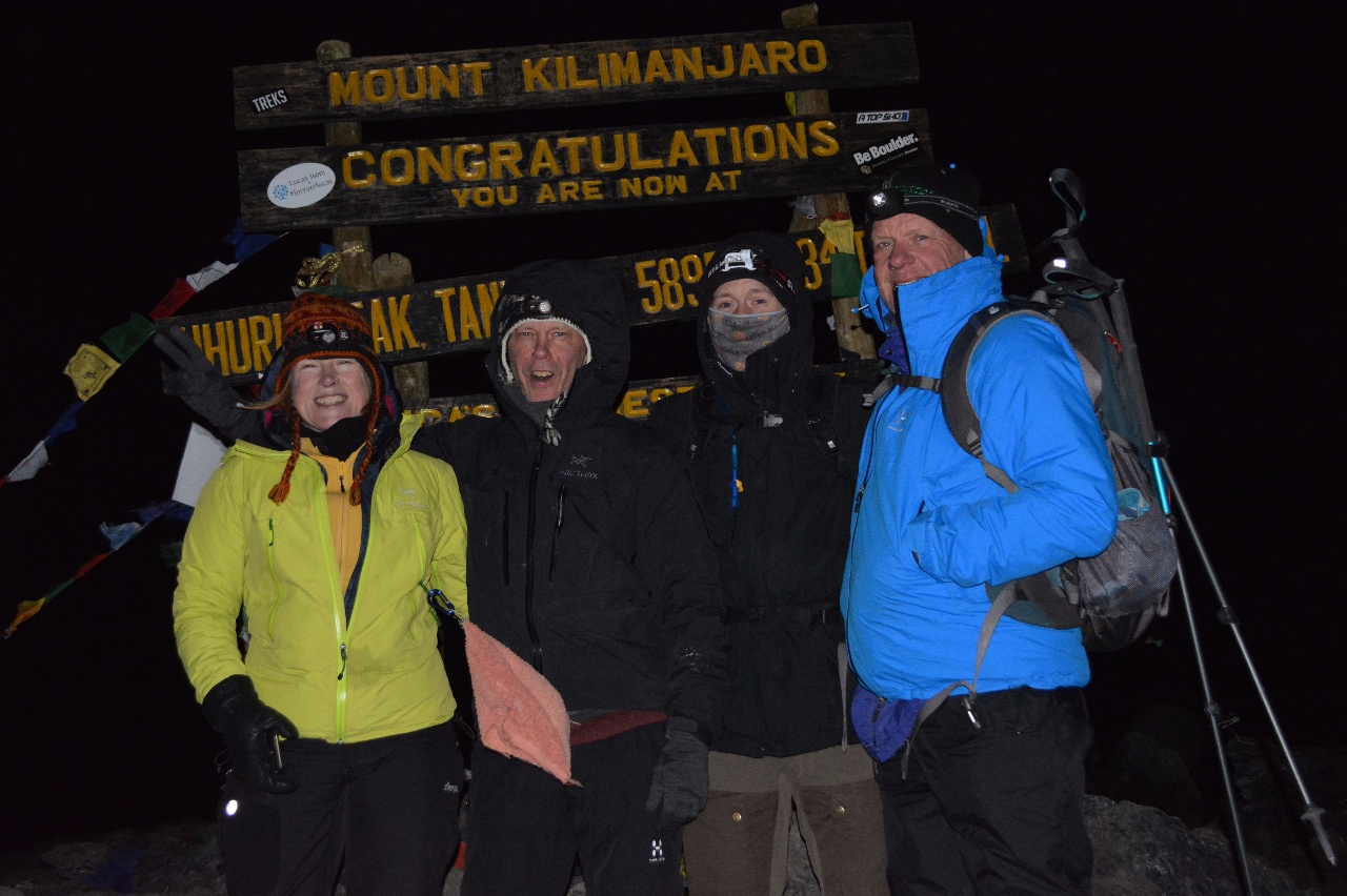 Kili Dag 6 Kilimanjaros topp