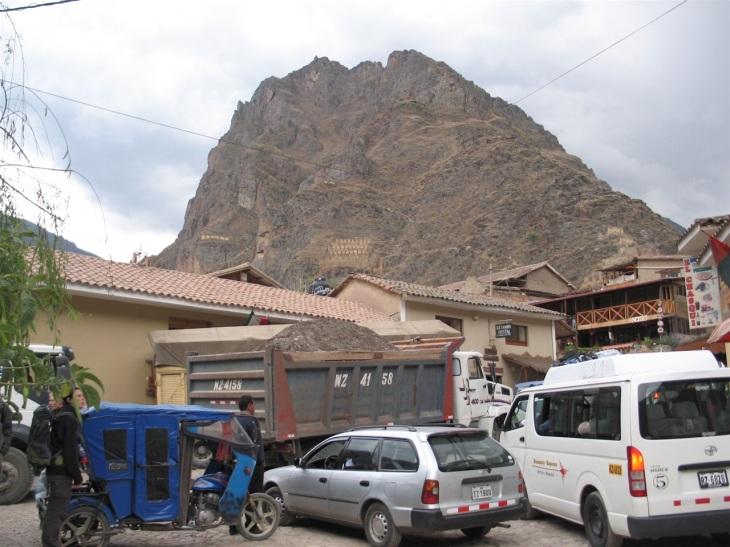 Trafikkaos i Ollantaytambo