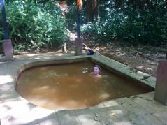Som att bada i Sinken fast varmare och luktar svavel i Soufrière
