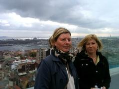 På ett hotelltak hade vi panoramavy över hela Istanbul.