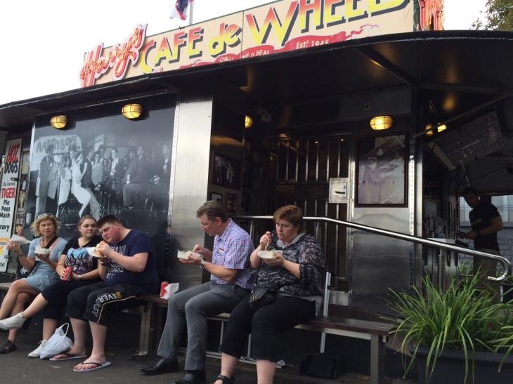Oz Harrys cafe