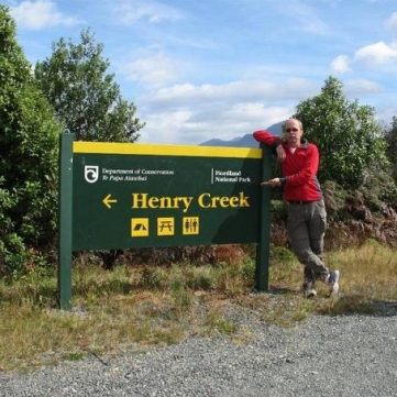 Henrys egen creek